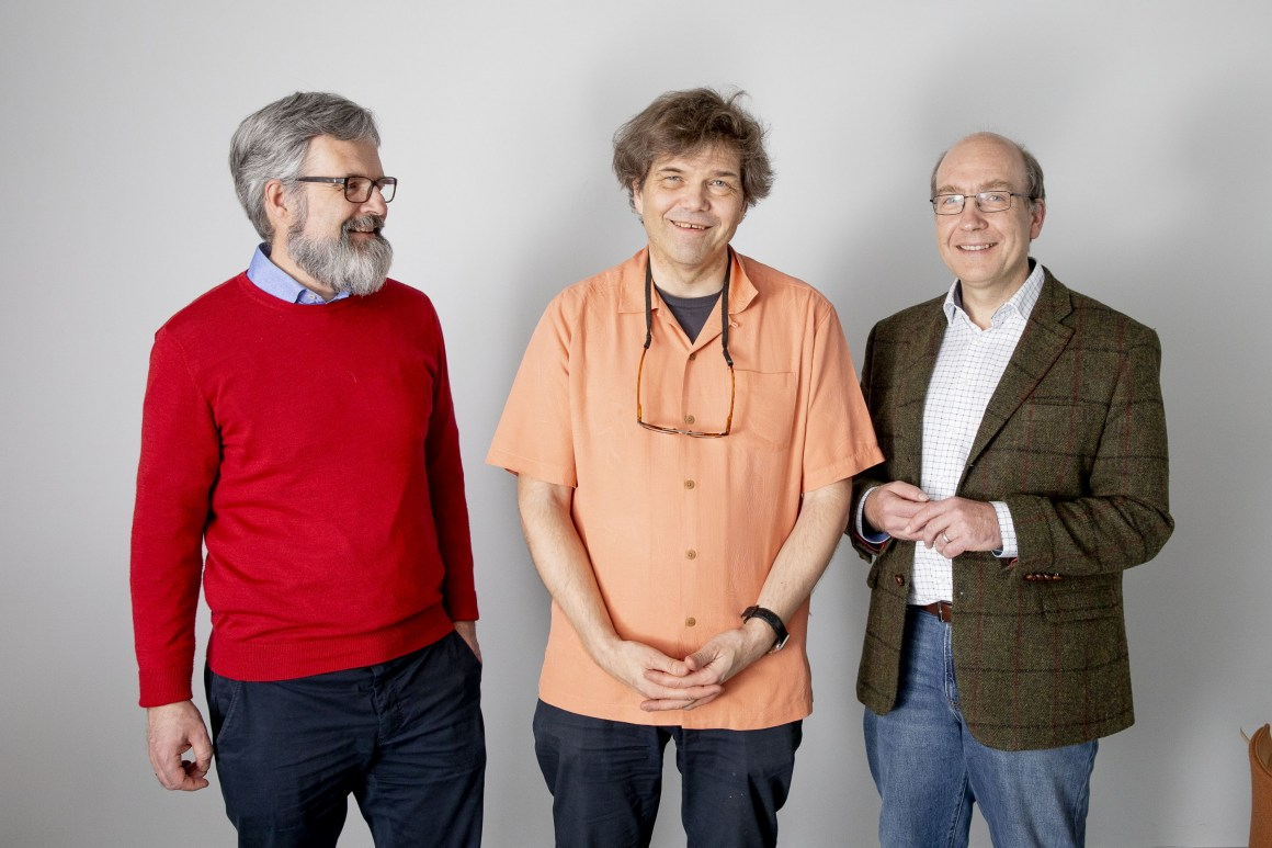 From the left: Hans Ekkehard Plesser and Gaute Einevoll, both professors at NMBUs Faculty of Science and Technology, and Markus Diesmann, Director of the Institute of Neuroscience and Medicine (INM-6) at Jülich Research Centre.