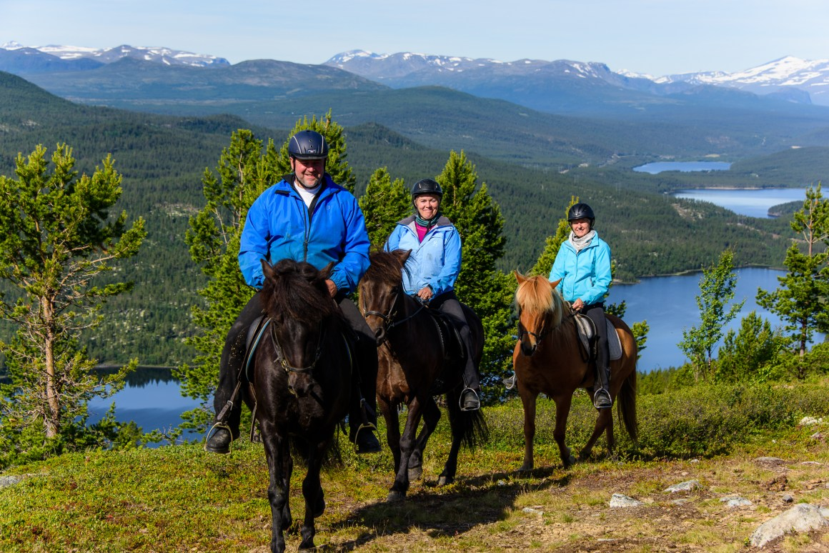 The Lillehammer region can offer a vast range of outdoors activities, like horseback riding, skiing, cycling and hiking.