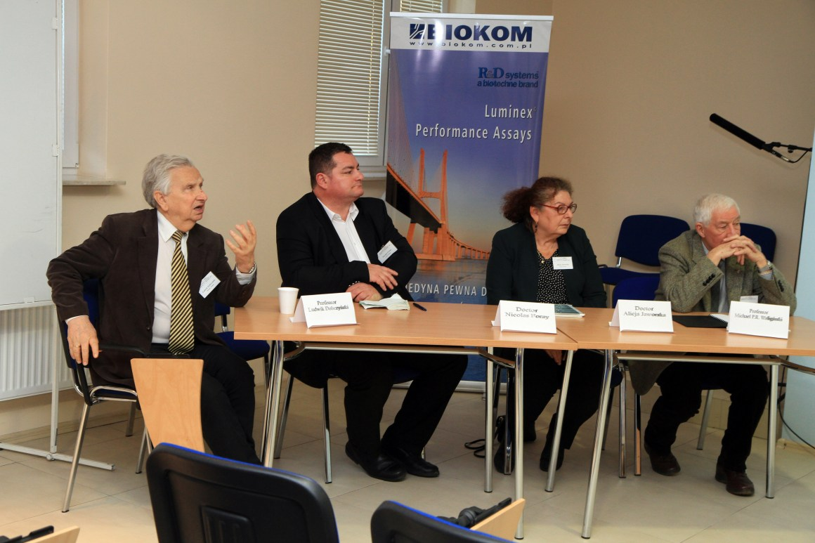 Panel discussion on linear non-threshold (LNT) model