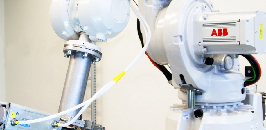 ABB robot in use for food automation at NMBU.