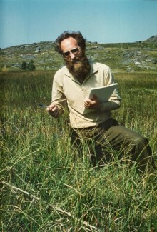 The young botanist Kåre A. Lye records biodiversity in a sedge-rich marshland. Perhaps it was here that his global scientific commitment to the diverse plant family Cyperaceae started?